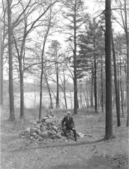 Cairn on May 19, 1908, from www.concordlibrary.org