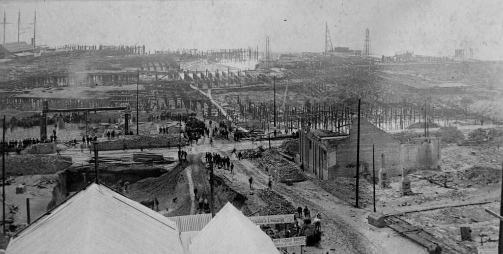 Pilings post-fire 1889 (Courtesy University of Washington Special Collections)