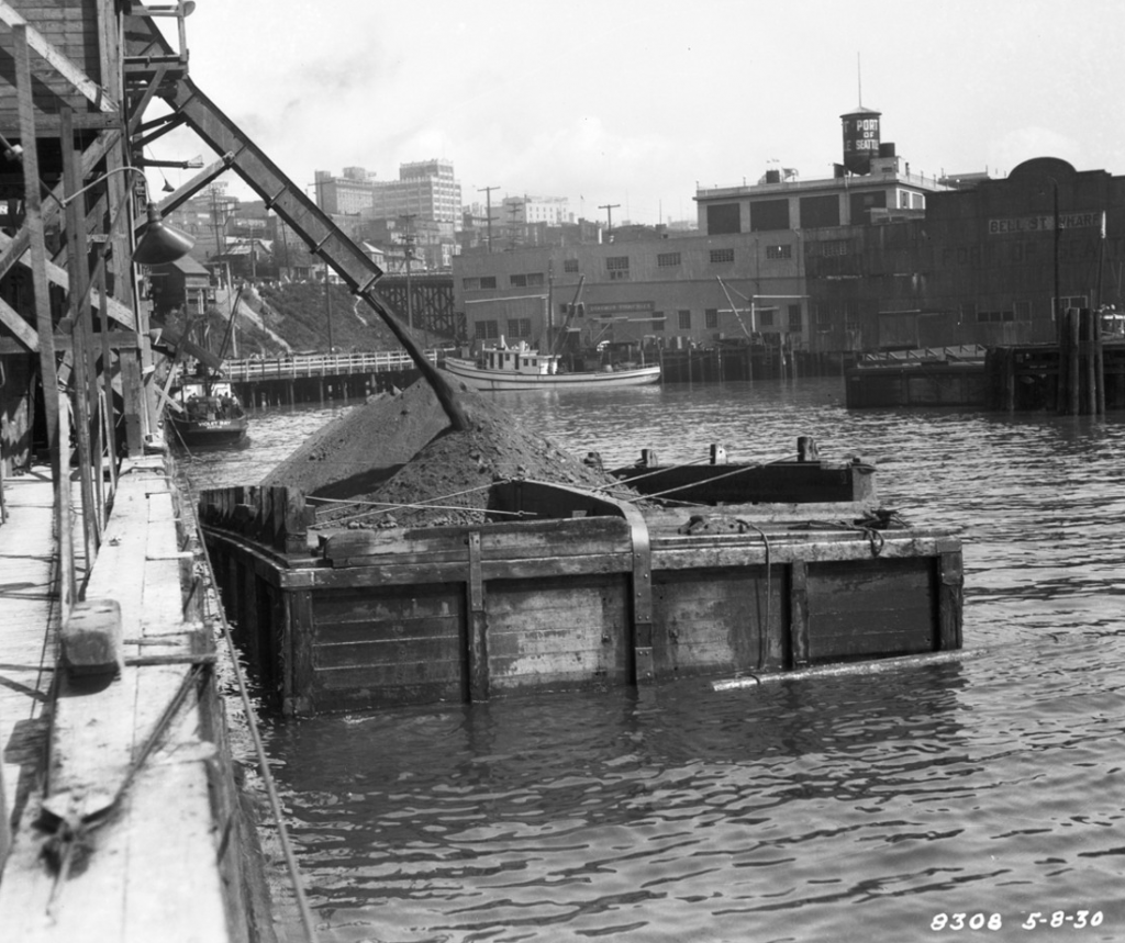 Filling barge Elliott Bay - May 1929